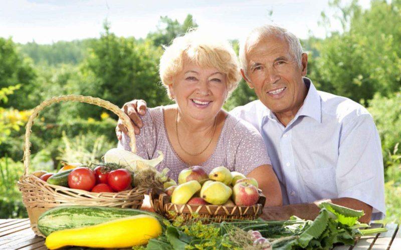 Nutrición para personas mayores alimentos saludables